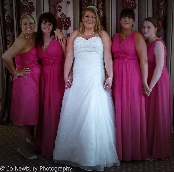 Jo Newbury Photography wedding image bride and bridesmaids.